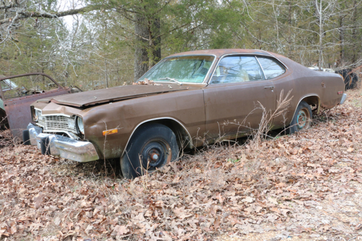 This 1974 Dodge Dart is equipped with factory air conditioning and still has its 318-cid V-8 engine.