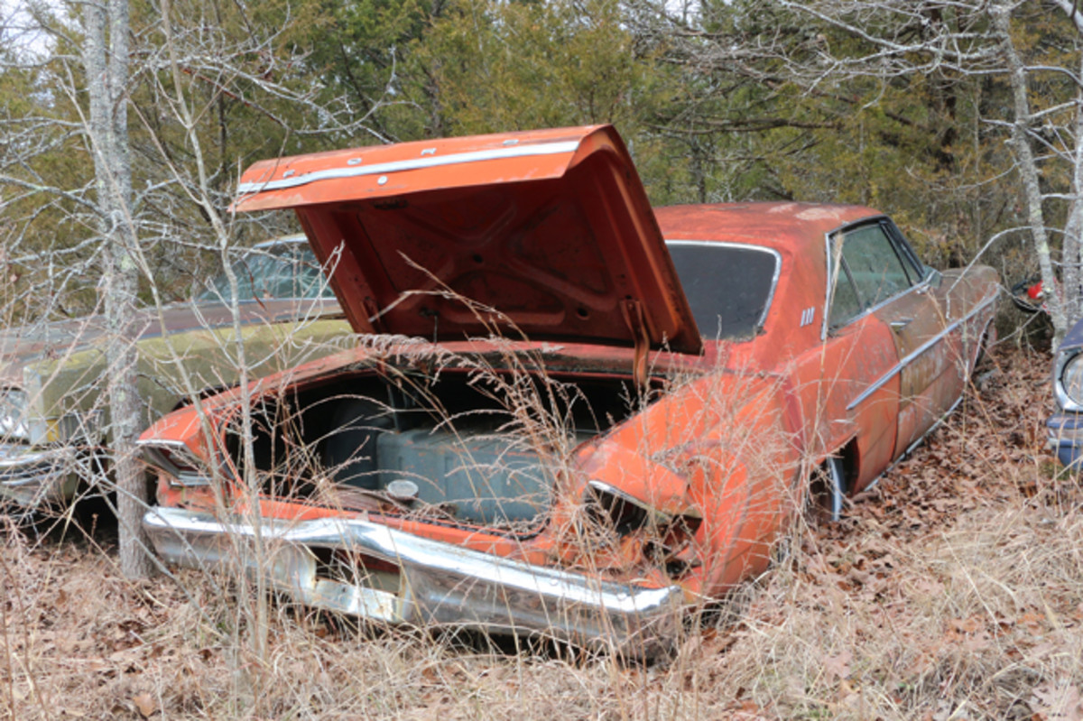 Jackson is hoping someone will buy this '66 Ford Galaxie 500 hardtop and build it. It has been hit in the rear, damaging the rear fenders and trunk lid.