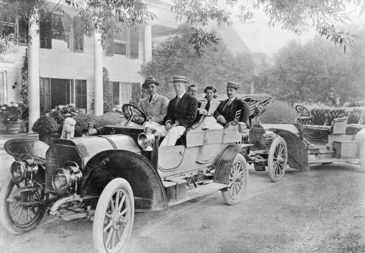 The automobile was largely a conveyance of the wealthy in 1907, a time when manufacturers were still trying to determine the ideal design for economy and utility, which included comfort.