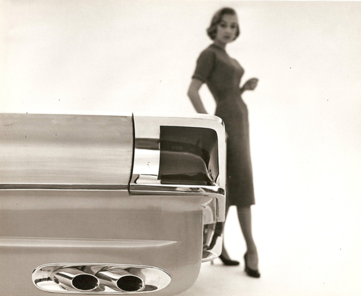 A detail shot of the 1956 XM-Turnpike Cruiser's taillamp, which later inspired the taillamps of late-1950s Mercurys.