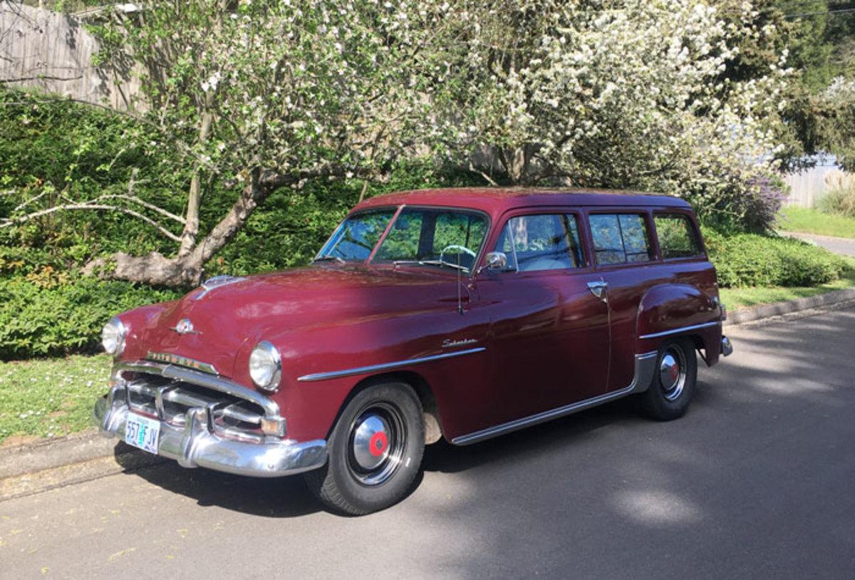 1952-Plymouth-Suburban-9