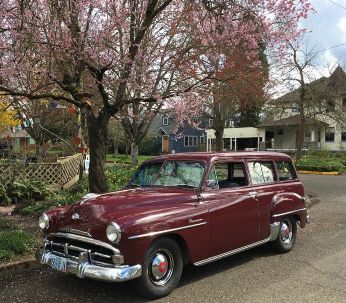 1952-Plymouth-Suburban-5