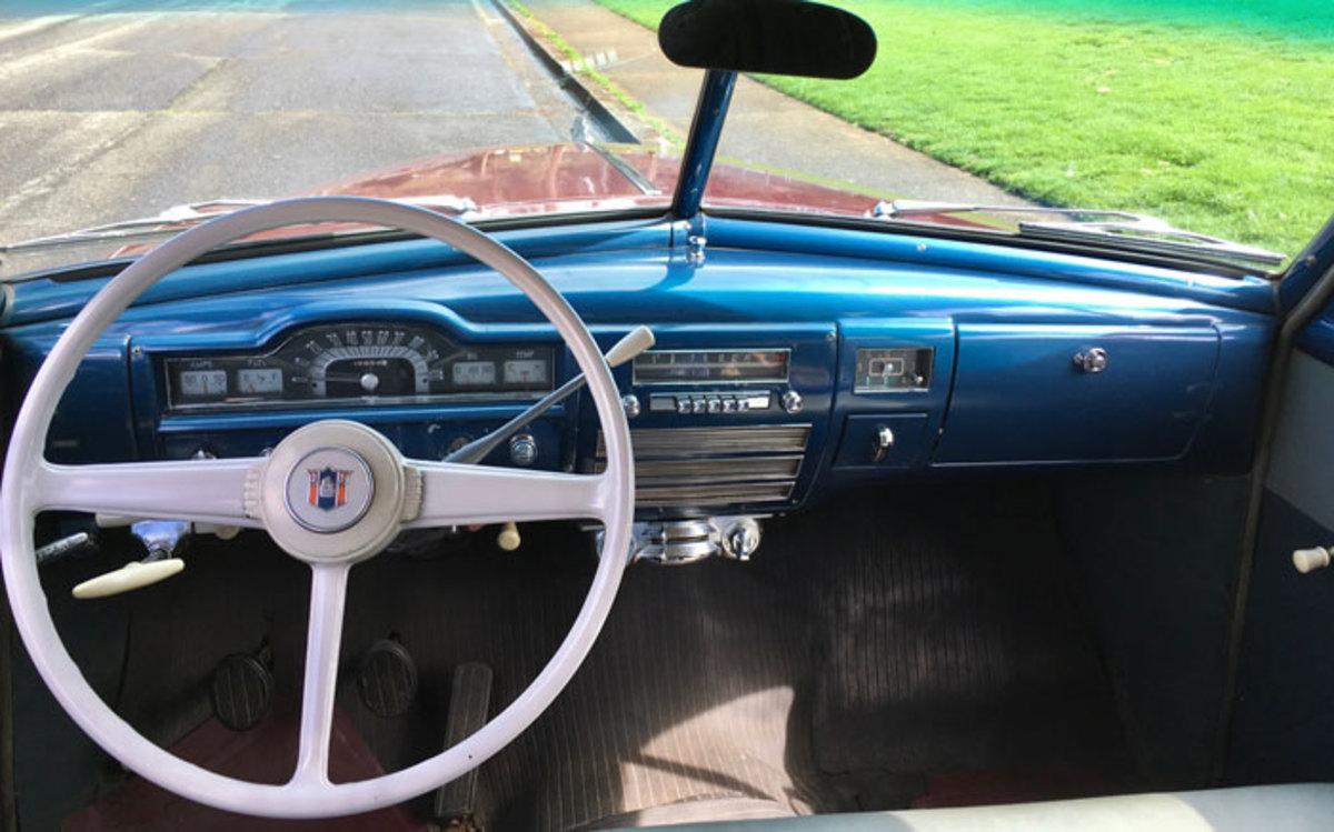 1952-Plymouth-Suburban-8