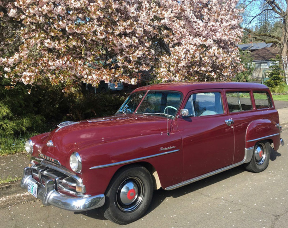 1952-Plymouth-Suburban-3