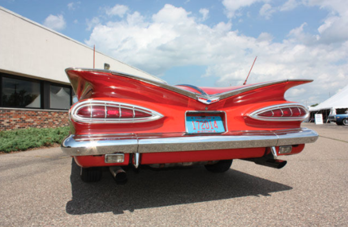 1959 Chevrolet Impala Rear valance