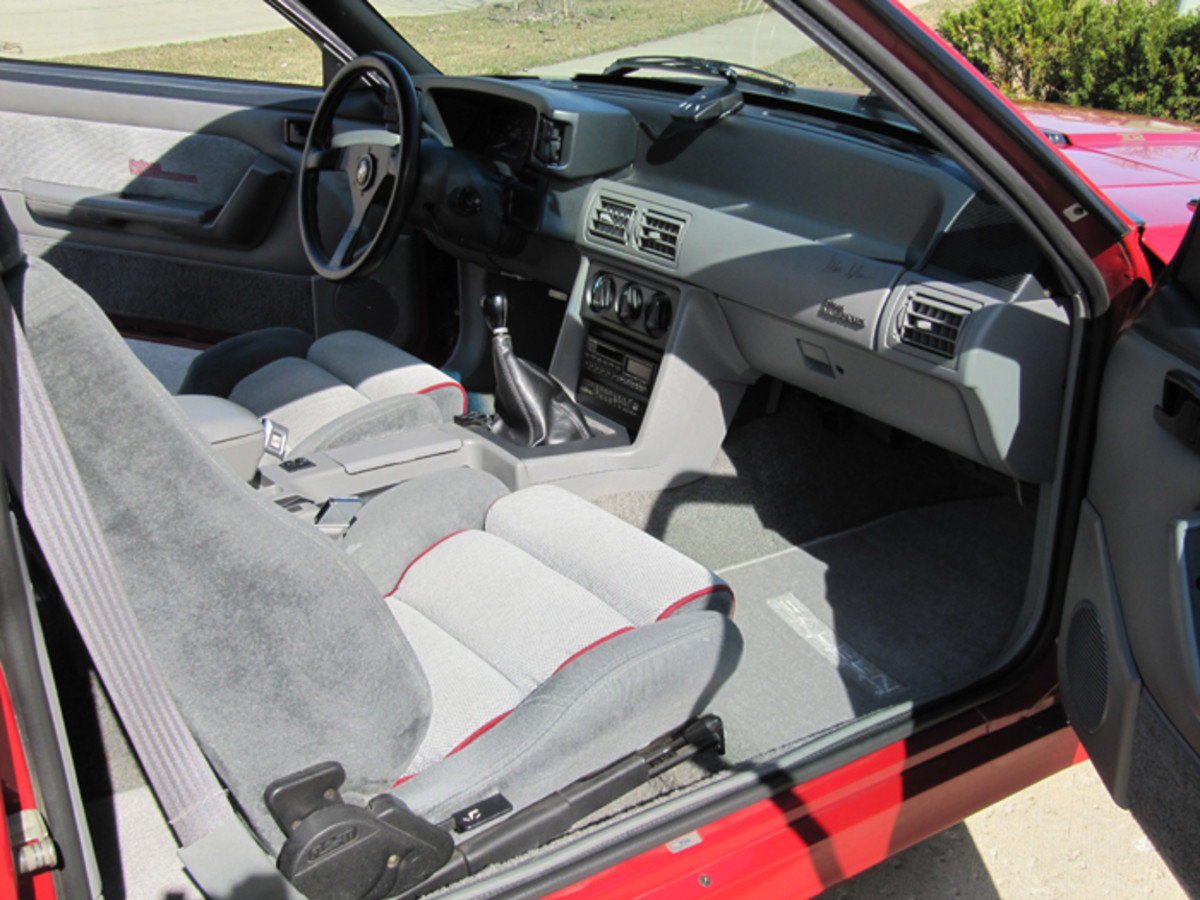 The Malmo steering wheel, leather-covered shift knob and FloFit sport seats were part of the racing-inspired Saleen interior styling. A Pioneer stereo/cassette player with graphic equalizer and six speakers was part of the deal.