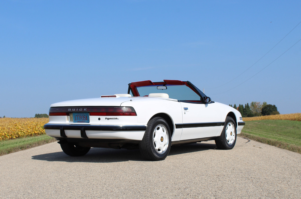 The sporty and luxurious Buick Reatta