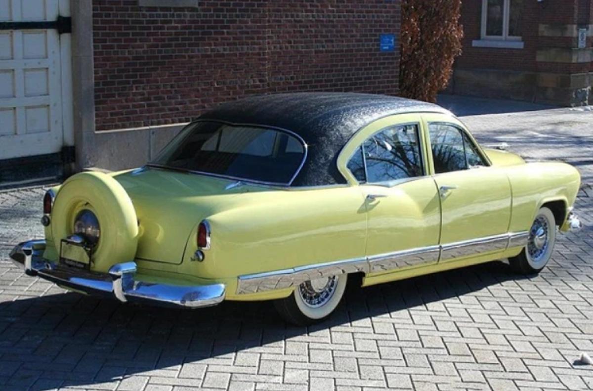 This 1951 Kaiser Deluxe sedan features Golden Dragon 2