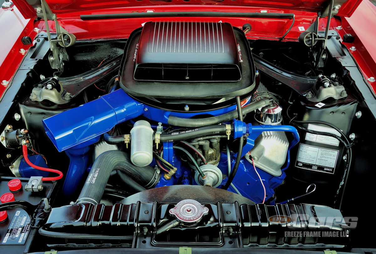 A look at the potent 428 CJ power plant