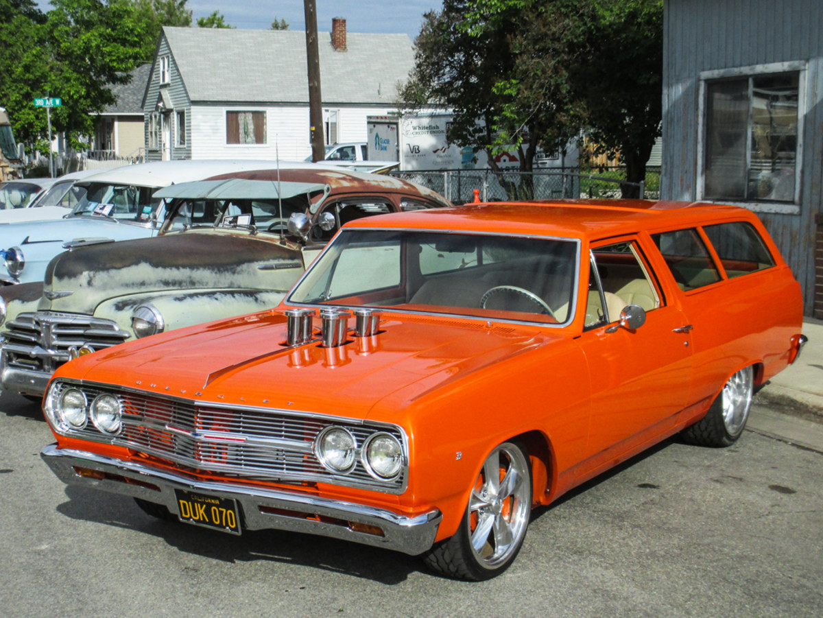 Despite the forecast, Rick Billuni of Whitefish, Mont., taunted darkened skies in his pro-built '65 Nomad show car.