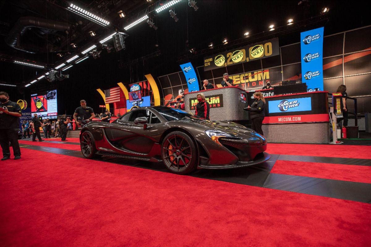 2014 McLaren P1 sold at $1,347,500