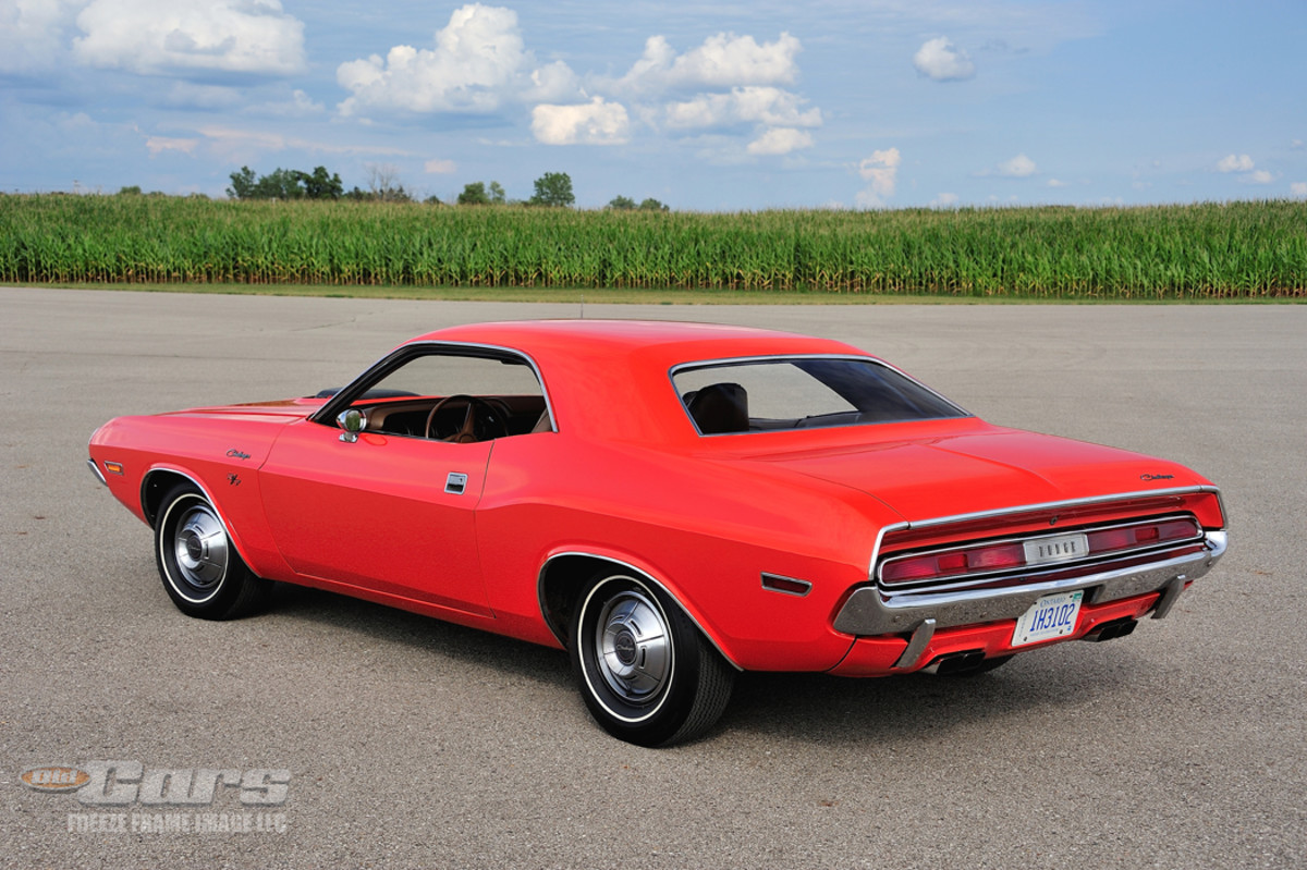 Oddly, it lacked the standard R/T side stripes that would help sell it, and Chrysler built it with mundane wheel covers and whitewalls. It's likewise surprising is that no one tossed the factory wheel covers for mag wheels during this car's 50-plus years and 31,484 miles.