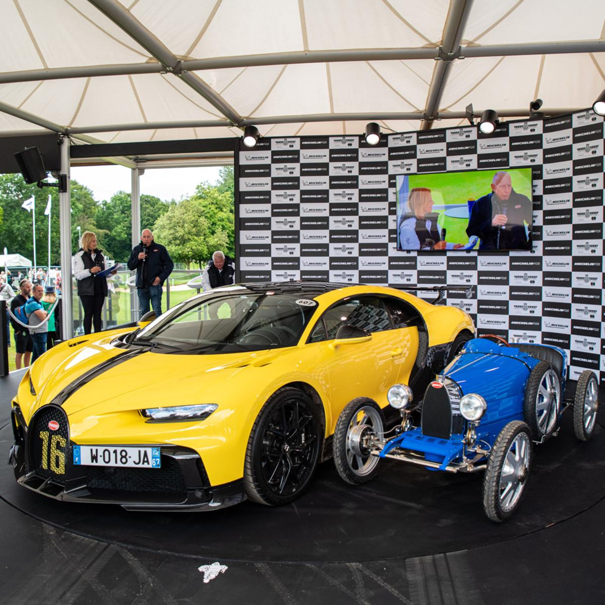 Big and little Bugattis