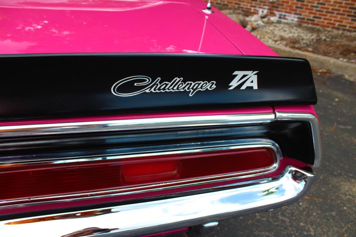 T/A markings on the rear spoiler