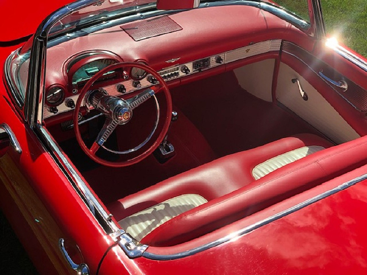 The interior was finished in a red-and-white combination to complement the bright red body finish.